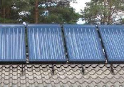 Boligvarme: Slik får du solfangere og varmepumpe til å spille på lag